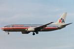 菊池 正人さんが、ロサンゼルス国際空港で撮影したアメリカン航空 737-823の航空フォト(写真)
