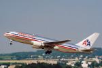 菊池 正人さんが、チューリッヒ空港で撮影したアメリカン航空 767-223の航空フォト(写真)