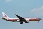 菊池 正人さんが、成田国際空港で撮影したアメリカン航空 777-223/ERの航空フォト(写真)