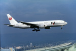 Gambardierさんが、関西国際空港で撮影した日本航空 777-246の航空フォト(写真)