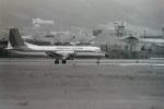 うすさんが、伊丹空港で撮影した東亜国内航空 YS-11-101の航空フォト(写真)