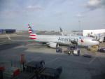 しかばねさんが、ジョン・F・ケネディ国際空港で撮影したアメリカン航空 767-323/ERの航空フォト(写真)
