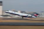 Shiro_ichiganさんが、伊丹空港で撮影したアイベックスエアラインズ CL-600-2C10 Regional Jet CRJ-702の航空フォト(写真)