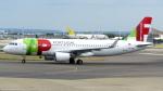 誘喜さんが、ロンドン・ヒースロー空港で撮影したTAP ポルトガル航空 A320-214の航空フォト(写真)