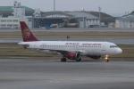 宮崎 育男さんが、那覇空港で撮影した吉祥航空 A320-214の航空フォト(写真)