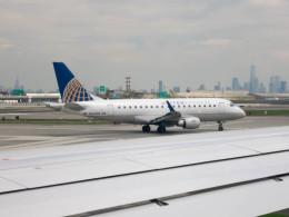 ニューアーク・リバティー国際空港 - Newark Liberty International Airport [EWR/KEWR]で撮影されたニューアーク・リバティー国際空港 - Newark Liberty International Airport [EWR/KEWR]の航空機写真