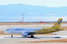 mat-matさんが、関西国際空港で撮影したバニラエア A320-214の航空フォト(写真)