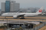 じゃがさんが、羽田空港で撮影した日本航空 777-289の航空フォト(写真)