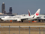 Mame @ TYOさんが、成田国際空港で撮影した日本航空 737-846の航空フォト(写真)