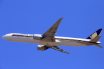 おっしーさんが、成田国際空港で撮影したシンガポール航空 777-312/ERの航空フォト(写真)