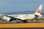 suu451さんが、伊丹空港で撮影した日本航空 777-246/ERの航空フォト(写真)