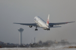 makorigeさんが、函館空港で撮影した日本航空 767-346の航空フォト(写真)