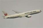 ばっきーさんが、羽田空港で撮影した日本航空 777-246/ERの航空フォト(写真)