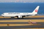 ばっきーさんが、羽田空港で撮影した日本航空 767-346の航空フォト(写真)
