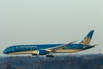 おっしーさんが、成田国際空港で撮影したベトナム航空 787-9の航空フォト(写真)
