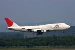 にしやんさんが、新千歳空港で撮影した日本航空 747-146B/SR/SUDの航空フォト(写真)