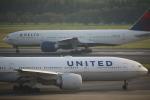 飛行機好き少年さんが、成田国際空港で撮影したデルタ航空 777-232/LRの航空フォト(写真)