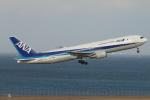 ceskykrumlovさんが、羽田空港で撮影した全日空 767-381/ERの航空フォト(写真)
