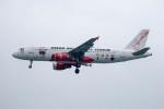 xingyeさんが、スカルノハッタ国際空港で撮影したエアアジア A320-214の航空フォト(写真)