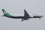 HEATHROWさんが、成田国際空港で撮影したエバー航空 A330-302の航空フォト(写真)