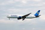 Gambardierさんが、フランクフルト国際空港で撮影したコンドル 767-330/ERの航空フォト(写真)