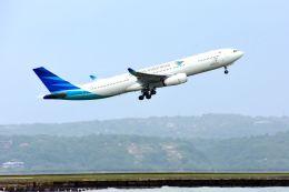 まいけるさんが、デンパサール国際空港で撮影したガルーダ・インドネシア航空 A330-343Xの航空フォト(写真)