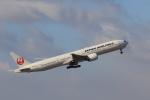ゴハチさんが、伊丹空港で撮影した日本航空 777-346/ERの航空フォト(写真)