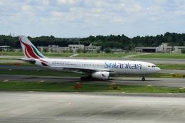 pringlesさんが、成田国際空港で撮影したスリランカ航空 A330-243の航空フォト(写真)