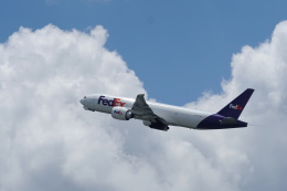 pringlesさんが、成田国際空港で撮影したフェデックス・エクスプレス 777-FS2の航空フォト(写真)