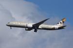 じゃまちゃんさんが、成田国際空港で撮影したエティハド航空 787-9の航空フォト(写真)