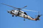 チャッピー・シミズさんが、厚木飛行場で撮影したアメリカ海軍 HH-60H (S-70B-5)の航空フォト(写真)