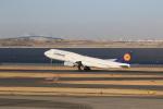 N-OITAさんが、羽田空港で撮影したルフトハンザドイツ航空 747-830の航空フォト(写真)