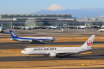せぷてんばーさんが、羽田空港で撮影した日本航空 767-346/ERの航空フォト(写真)