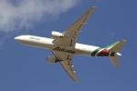 とらとらさんが、成田国際空港で撮影したアリタリア航空 777-243/ERの航空フォト(写真)