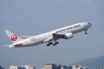 mild lifeさんが、伊丹空港で撮影した日本航空 777-246/ERの航空フォト(写真)