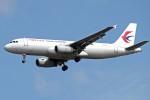 apphgさんが、静岡空港で撮影した中国東方航空 A320-232の航空フォト(写真)