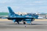 よっしぃさんが、名古屋飛行場で撮影した航空自衛隊 F-2Aの航空フォト(写真)
