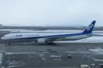 SFJ_capさんが、新千歳空港で撮影した全日空 777-381の航空フォト(写真)