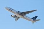 ガス屋のヨッシーさんが、関西国際空港で撮影した全日空 777-281の航空フォト(写真)