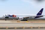 ガス屋のヨッシーさんが、関西国際空港で撮影したフェデックス・エクスプレス 777-FS2の航空フォト(写真)