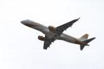 ガス屋のヨッシーさんが、関西国際空港で撮影したエンブラエルの航空フォト(写真)