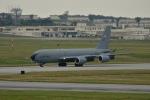 kon chanさんが、嘉手納飛行場で撮影したアメリカ海軍 KC-135R Stratotanker (717-148)の航空フォト(写真)
