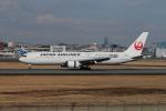 Shiro_ichiganさんが、伊丹空港で撮影した日本航空 767-346/ERの航空フォト(写真)