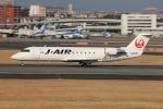 Shiro_ichiganさんが、伊丹空港で撮影したジェイ・エア CL-600-2B19 Regional Jet CRJ-200ERの航空フォト(写真)