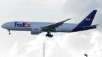 誘喜さんが、香港国際空港で撮影したフェデックス・エクスプレス 777-FS2の航空フォト(写真)