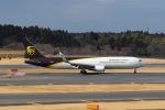 Mochi7D2さんが、成田国際空港で撮影したUPS航空 767-34AF/ERの航空フォト(写真)