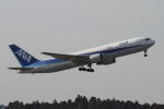 EXIA01さんが、成田国際空港で撮影した全日空 767-381/ERの航空フォト(写真)
