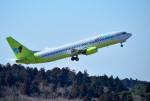 mojioさんが、成田国際空港で撮影したジンエアー 737-86Nの航空フォト(写真)