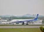 Airway-japanさんが、函館空港で撮影した全日空 777-281の航空フォト(写真)