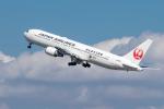 Y-Kenzoさんが、羽田空港で撮影した日本航空 767-346の航空フォト(写真)